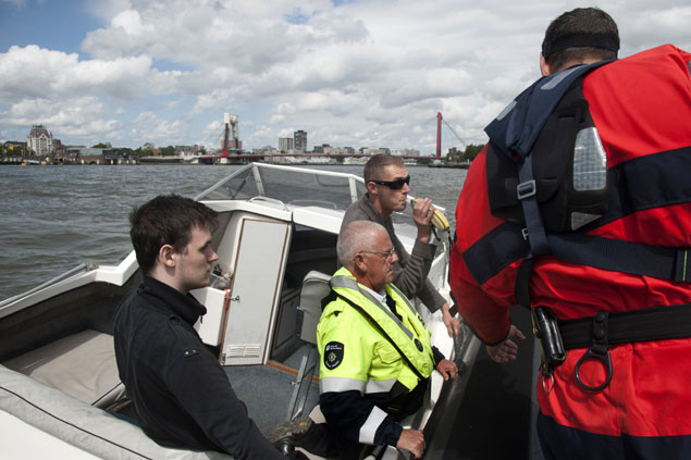 Meer alcoholcontroles in Rotterdamse havenwater