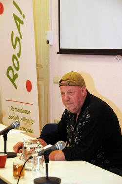 Rede, uitgesproken door Jim Postma voor de Rotterdamse Sociale Alliantie (RoSA) tegen armoede. Foto: Rinus Vuik
