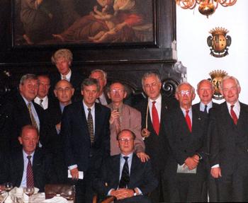 Enkele leden van Het ('oude') Republikeins Genootschap waaronder Ben Knapen, Martin van Amerongen, Sjeng Kremers en Pierre Vinken. Foto: Het Republikeins Genootschap