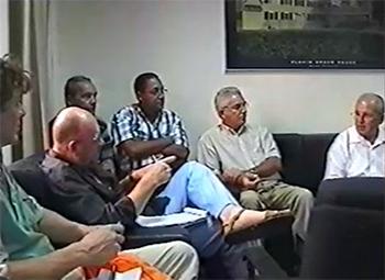 Een fragment uit de film van het journalistenbezoek van de RJV in 2005 aan Cuba.