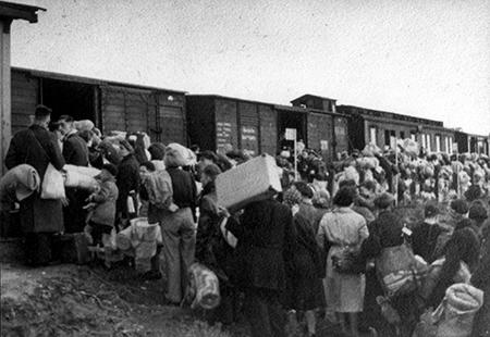 De goederentreinen met grote aantallen inwoners van Nederland als lading reden met regelmaat richting de vernietigingskampen.
