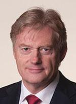 De Vereniging Nederlandse Gemeenten reageerden naar staatssecretaris Van Rijn op het wetsvoorstel WMO. ,,Het krappe tijdpad (1 januari 2015) van de wet laat ons geen ruimte voor een brede bespreking met onze leden.''