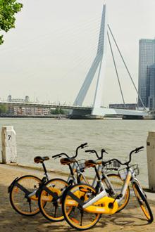 De nieuwe oBikes zijn nu ook in Rotterdam te huur.