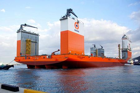 Komend weekeinde is de Vanguard – 's werelds grootste 'zwareladingschip' - te gast in hartje Rotterdam. Foto: Dockwise