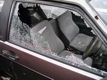 De gevallen van diefstal uit motorvoertuigen, voornamelijk auto's, scoort relatief hoog.