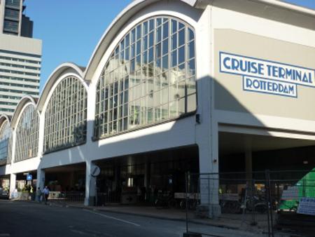 De cruiseterminal Rotterdam