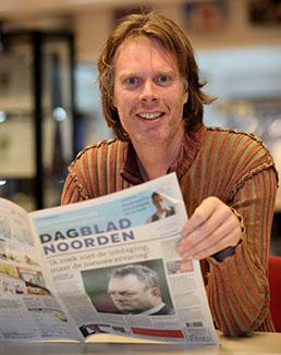 Evert van Dijk werd de eerste algemeen hoofdredacteur van zowel het Groningse Dagblad van het Noorden als de Friese Leeuwarder Courant.