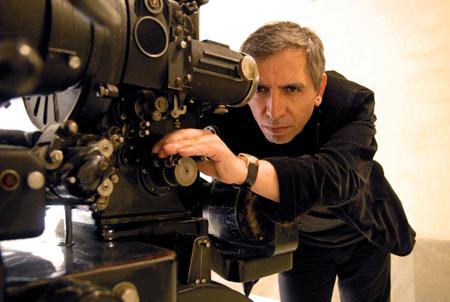 Video-interview met de Iraanse regisseur Mohsen Makhmabaf en diens zoon Maysam Makhmalbaf.