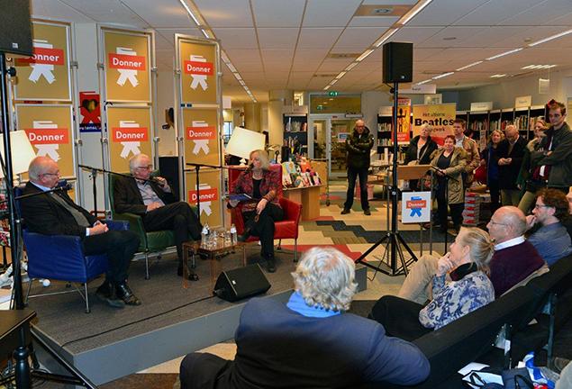 De presentatie van het boek 'Rotterdam' bij boekhandel Donner trok flinke belangstelling.
