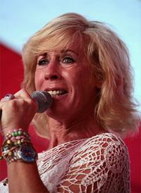 Joke Buijs is een goede kandidate voor het optreden als Kaat Mossel. Zij speelde in 1994 de rol al in de gelijknamige musical die door Gerard Cox en Peter Blanker is geschreven. Foto: Cees van de Ven