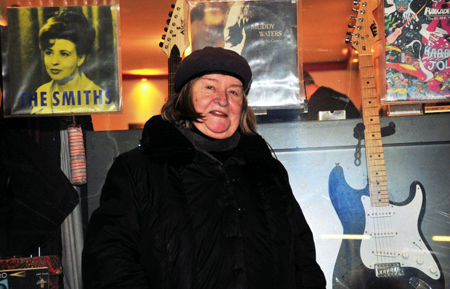 Thea Linschoten wordt op 12-12-12 70 jaar. Als ik zonder camera op stap ging, voelde ik mij naakt. Foto's Rinus Vuik