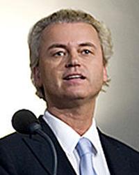 PVV-leider Wilders - een soort Pim Fortuyn met een pruik op – heeft ferm het anti-monarchistische stokje overgenomen.