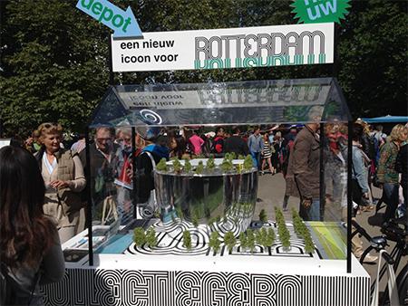 'Is Rotterdam het spoor bijster? Is de hang om architectuurstad nummer één in de wereld te willen zijn, verzand in een jacht naar blingbling en lege hulzen'. Foto: Hans Ophuis