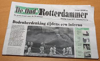 De Oud-Rotterdammer is de enige krant die prominent op de voorpagina zijn oplage (122.000) vermeldt