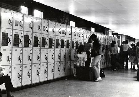 In New York is op geen enkel trein- of busstation een bagagekluisje te vinden.