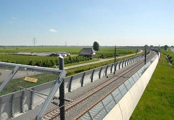 Zelfs de Betuwelijn begint nu al werkgelegenheid op te leveren. Foto: Provincie Zuid-Holland