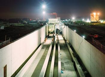 Aanleg Amsterdamse Noord-zuid Metrolijn kost iedere Nederlander minimaal 90 euro. Foto: iAmsterdam. (Bij de inleiding: Johan Schaberg. Videostill: The Project Network).