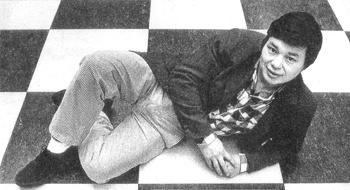 Hennie Maliangkay baarde in 1988 veel opzien in de Rotterdamse schaakwereld door wereldkampioen Gary Kasparov in een simultaanwedstrijd te verslaan.