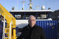 De waarschijnlijk oudste (76 jaar) nog actieve reder van Nederland Henk Groen. Foto: Ries van Wendel de Joode