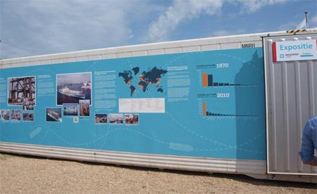 Er stond een container opgesteld, waarin een expositie over het schip te zien was. Foto's: World Ship Society Branch