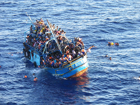 De burgers van Afrika en Syrië voorlichten dat er niks te halen is in de EU, is een volgende stap in het bewustwordingsproces.