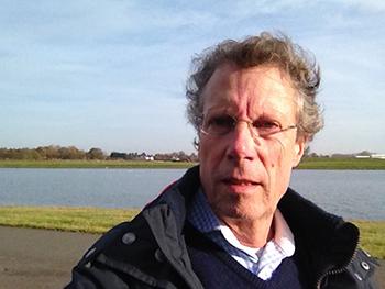 Het is een persoonlijk verhaal geworden van journalist Theo Jongedijk.
