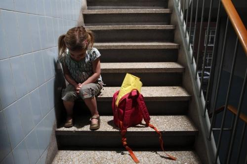 Sinds 2007 is de armoede onder kinderen sterk toegenomen. Er zijn sinds dat jaar in heel Nederland 100.000 arme kinderen tussen 0 en 17 jaar bijgekomen.